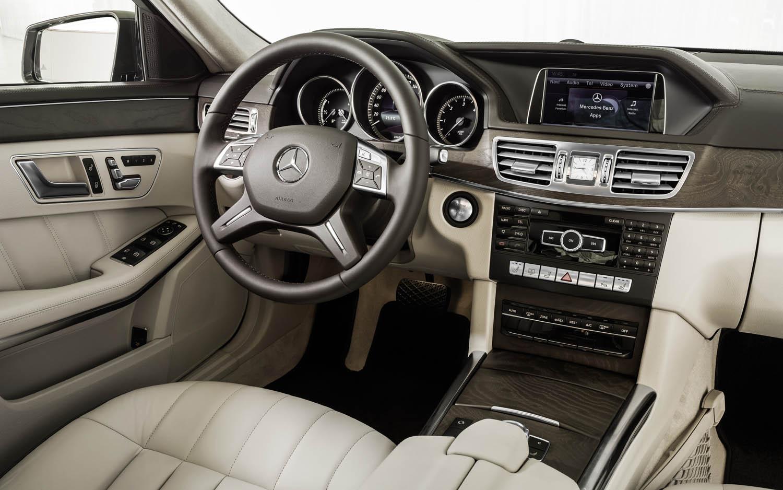 Mercedes-Benz Е-Class salon